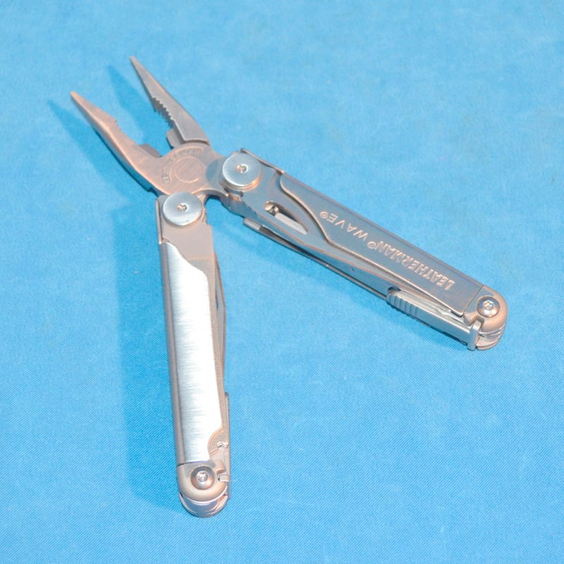 LEATHERMAN Pocket Knife WAVE Multitool