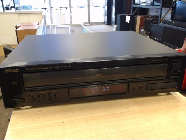 TEAC CD Player & Recorder PD-D2391