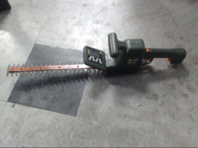 BLACK&DECKER Hedge Trimmer HT200