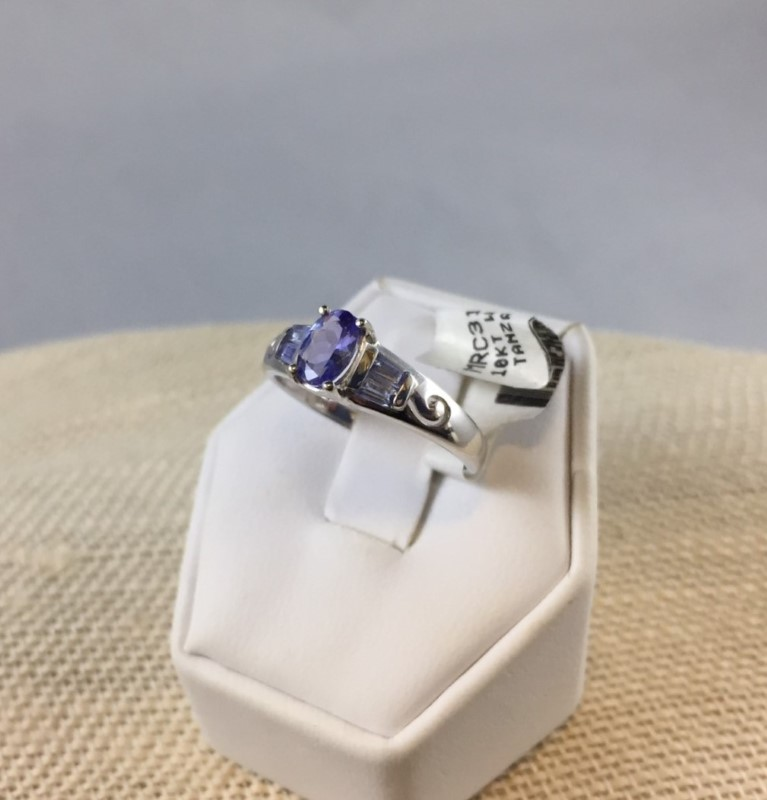 Tanzanite Lady's Stone Ring 10K White Gold 2.51g Size:7.8