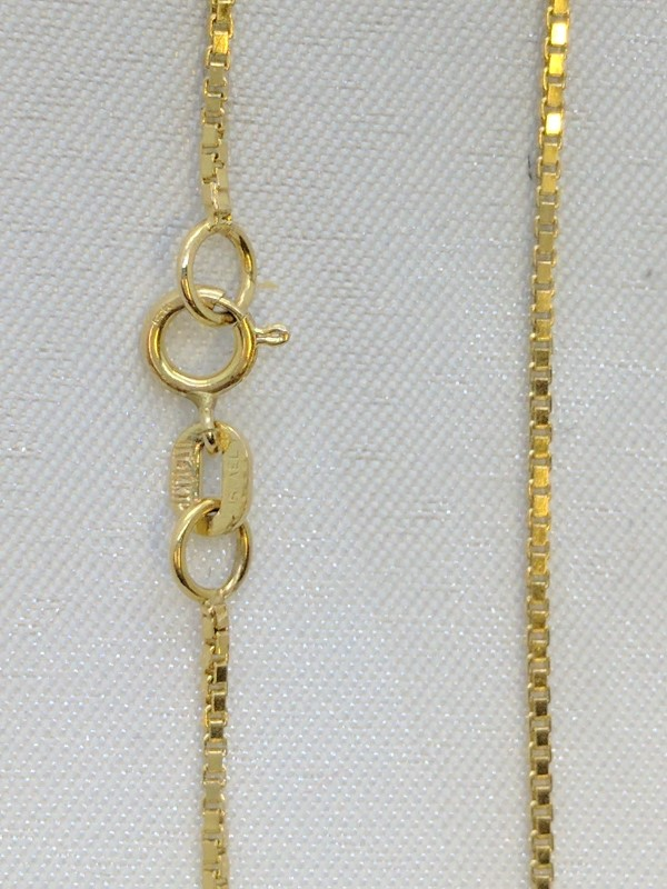 "30"" Gold Box Chain 14K Yellow Gold 5g"