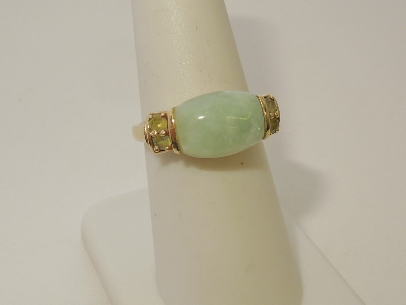 Synthetic Jade Lady's Stone Ring 10K Yellow Gold 3.5g Size:7.5