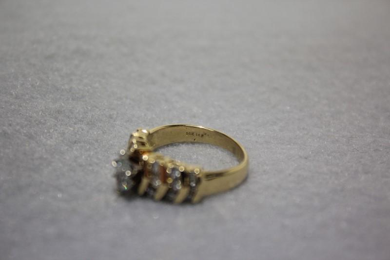 Lady's Diamond Fashion Ring 19 Diamonds 1.03 Carat T.W. 14K Yellow Gold 4.7g