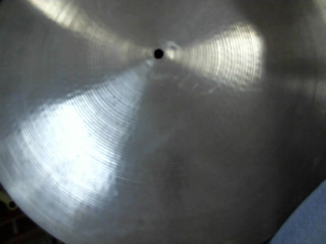 ZILDJIAN Cymbal AVEDIS CUSTOM CRASH 20 IN.