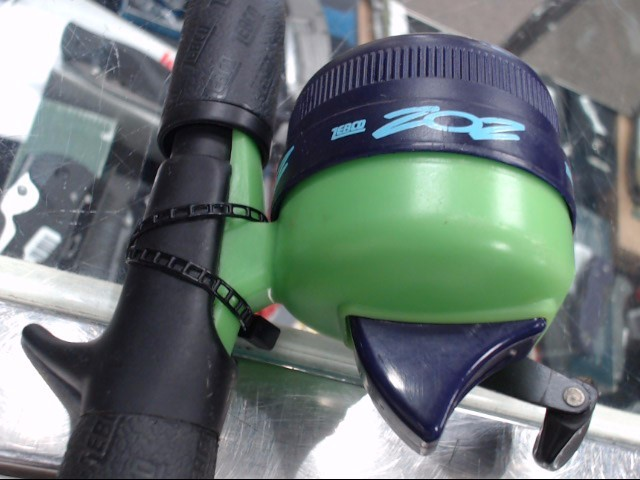 ZEBCO Fishing Pole 202 COMBO