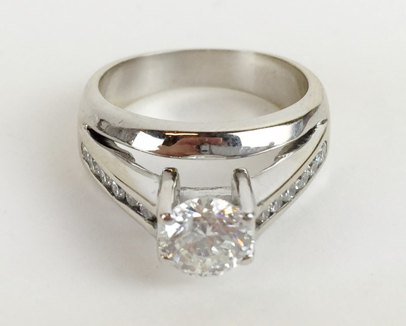Lady's Diamond Engagement Ring 1.09 CTW 18K WG 8.7g
