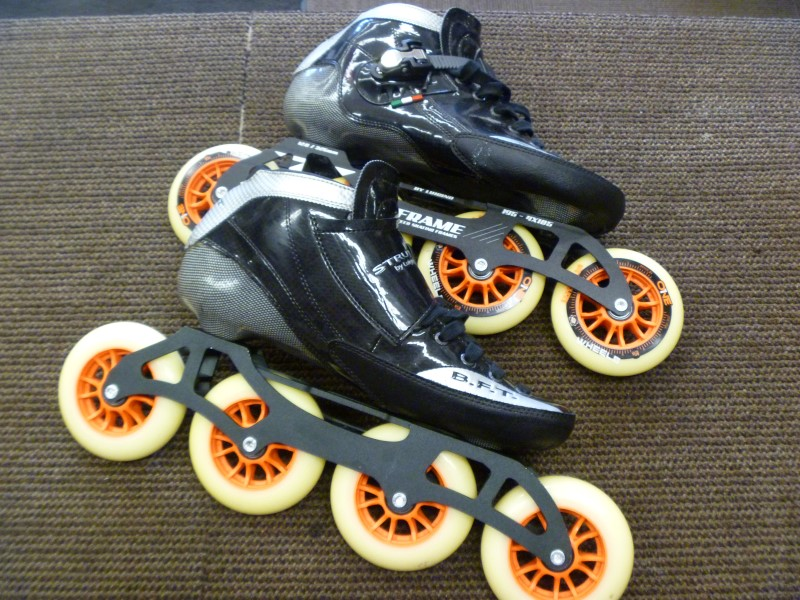 LUIGINO SPORTS STRUT Z-FRAME RACING ROLLERBLADES, SCUFF ON HEEL OF RIGHT BOOT