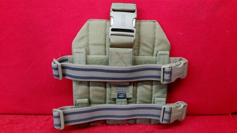 Blackhawk 37cl39ct Strike Drop Leg MOLLE Gear Platform Nylon Coyote Tan