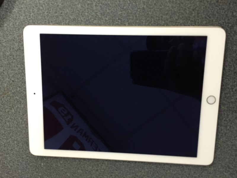 APPLE IPAD AIR 2 MH0W2LL/A 16GB GOLD WIFI A1566