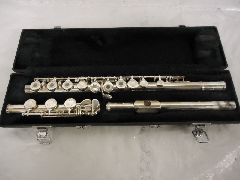 YAMAHA Flute 385II