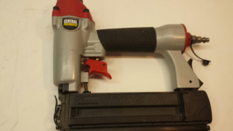 Central Pneumatic Model 68019 Air Nailer/Stapler