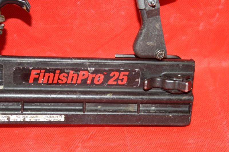 """Senco 5/8"""" - 2-1/8"""" 18Ga Pro Brad Nailer FINISHPRO 25"""