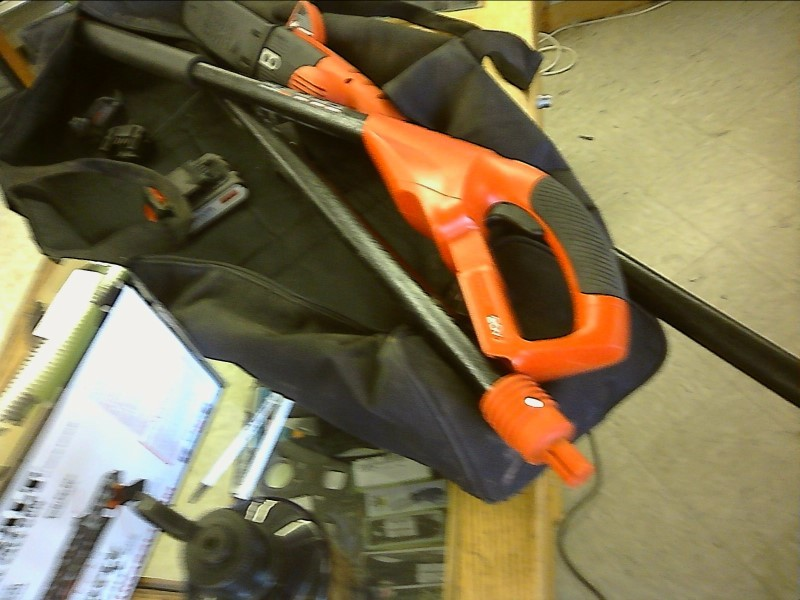 BLACK&DECKER Chainsaw LPP120