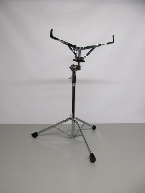 PEARL SINGLE-BRACED SNARE DRUM STAND