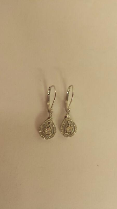 10K-W/G -Diamond Earrings