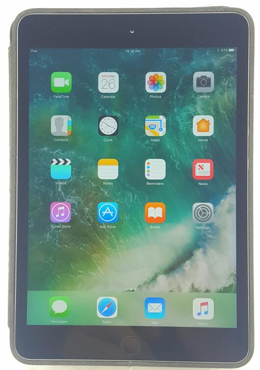"APPLE iPad Mini 3 64gb 7.9"" Space Gray Wi-fi Retina Display MGGQ2LL/A"