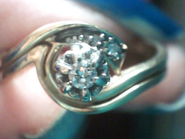 Lady's Diamond Wedding Set 3 Diamonds .05 Carat T.W. 14K Yellow Gold 2.1dwt