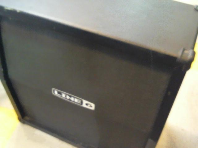 LINE 6 Speaker Cabinet 4X12 CABINET