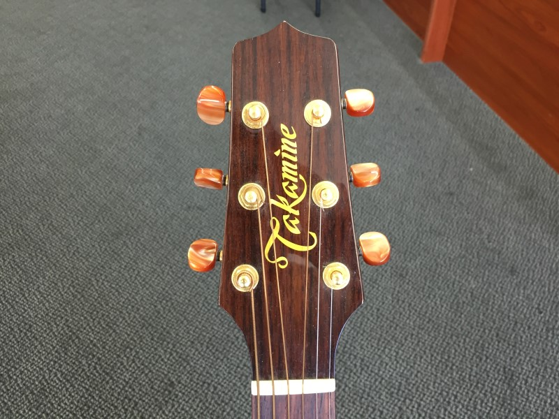 TAKAMINE Electric-Acoustic Guitar TAN15C
