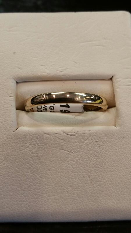 Lady's Gold Wedding Band 18K Yellow Gold 2.3dwt Size:7.3
