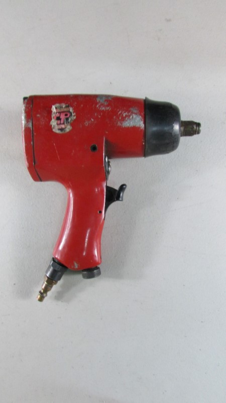 "CALIFORNIA PNEUMATIC 1/2"" DRIVE AIR IMPACT WRENCH TOOL CP-834"