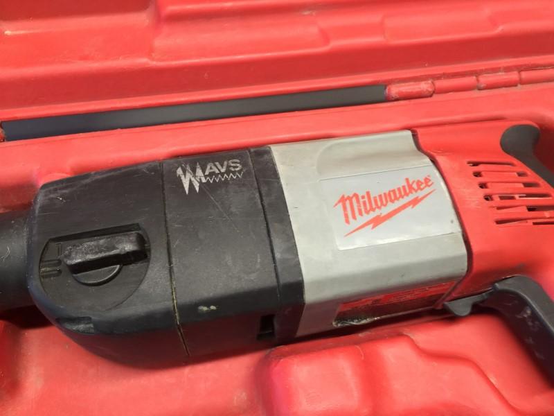 "MILWAUKEE 5380-21 9-amp 1/2"" Heavy-Duty Hammer Drill"