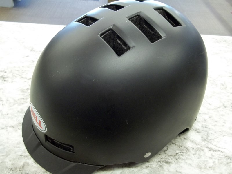BELL BIKE HELMET
