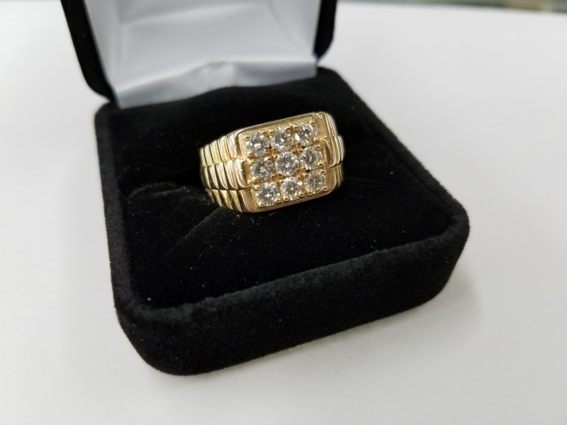 GENTS DIAMOND FASHION RING 9 DIAMONDS 1.08 Carat T.W. 14K SOLID GOLD SETTING