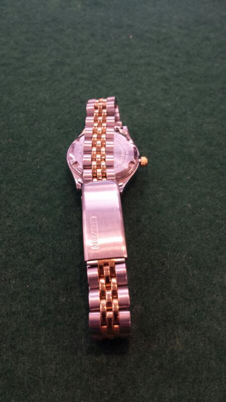 CITIZEN Lady's Wristwatch WOMANS WATCH