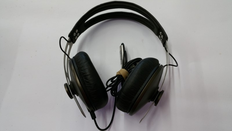 Sennheiser Momentum 5 Headphones