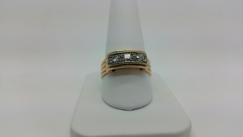DIAMOND Gent's Diamond Fashion Ring 3 Diamonds .45 Carat T.W. 14K Rose Gold