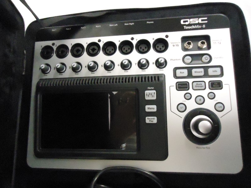 QSC AUDIO Mixer TOUCH MIX-8