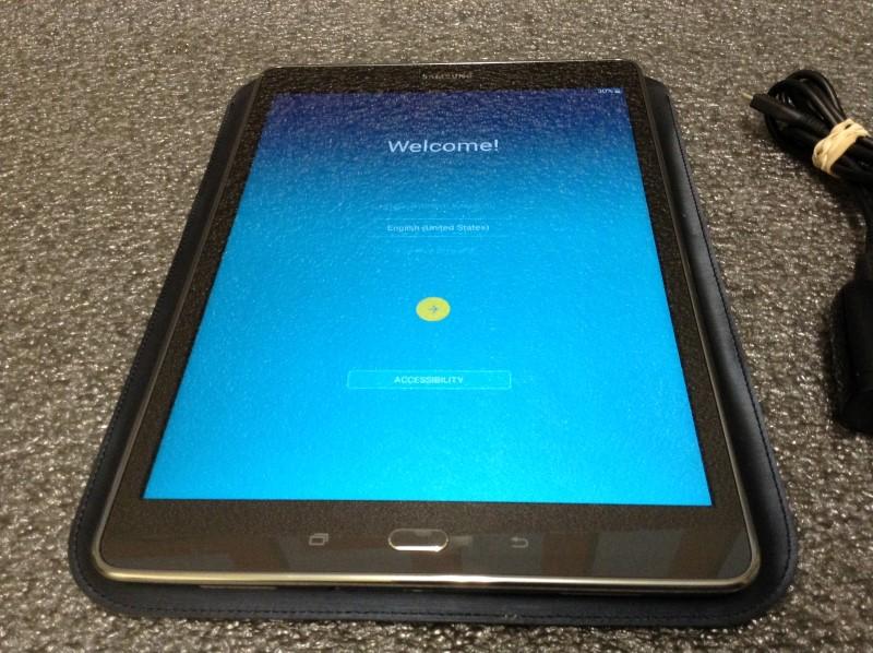 SAMSUNG Tablet SM-T550 - GALAXY TAB