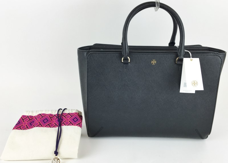 TORY BURCH BLACK ROBINSON ZIP TOTE