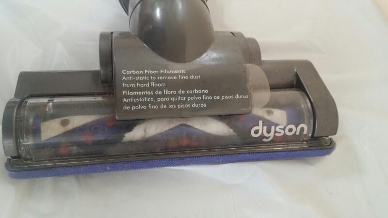 DYSON Vacuum Cleaner DC 35