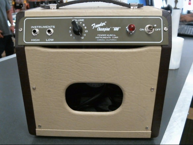 FENDER Electric Guitar Amp CHAMPION 600