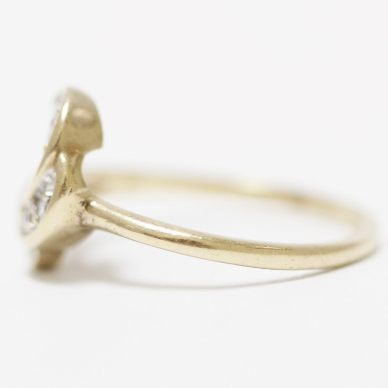 14K Yellow Gold Wave Channel & Round Diamond Ring Size 6.5