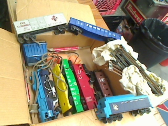 LIONEL Miscellaneous Toy 1654 TRAIN SET
