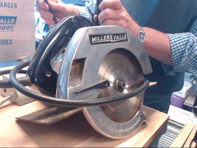 MILLERS FALLS Table Saw SP827