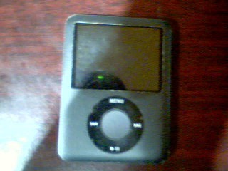 APPLE IPOD IPOD A1236 - 8GB