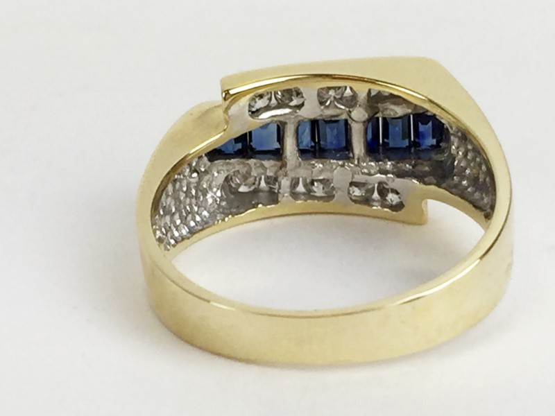 Sapphire Lady's Stone & Diamond Ring 10 Diamonds .50 Carat T.W.