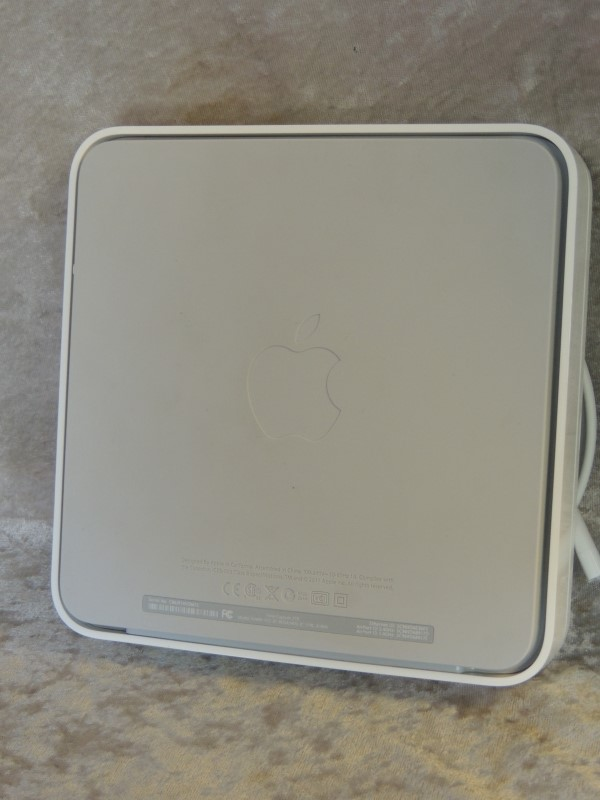 APPLE Computer Accessories A1409 - TIME CAPSULE