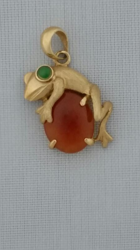 Synthetic Carnelian Gold-Stone Pendant 14K Yellow Gold 1.45g