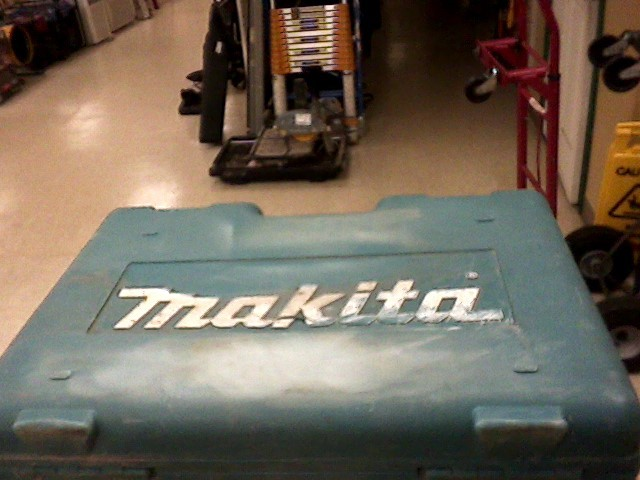 MAKITA Impact Wrench/Driver TW1000