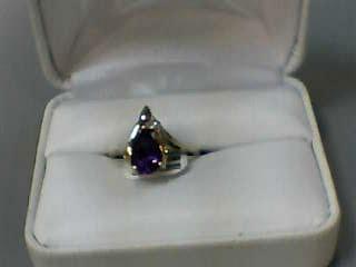 Amethyst Lady's Stone Ring 14K Yellow Gold 1.8dwt