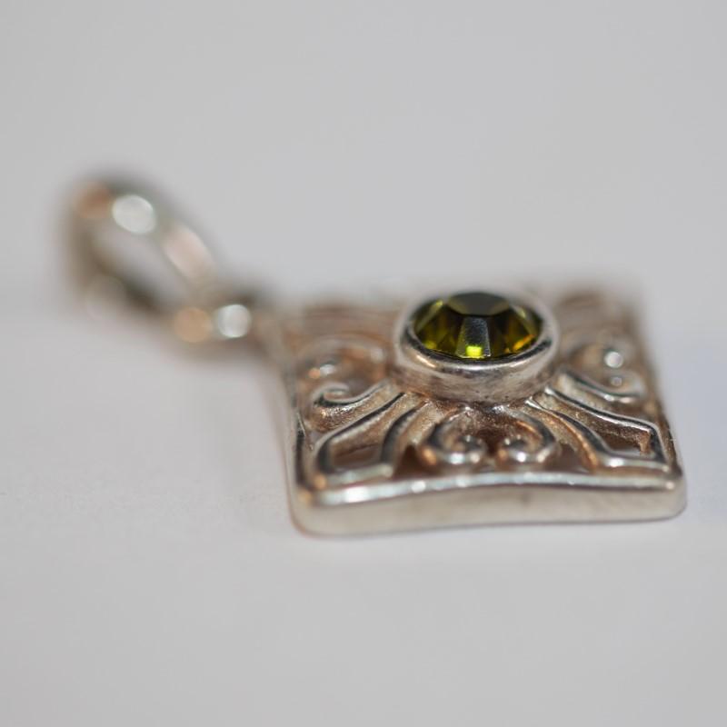Peridot Silver-Stone Pendant 925 Silver 2.1g
