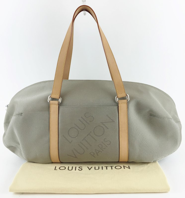 LOUIS VUITTON DAMIER GEANT ATTAQUANT DUFFLE BAG