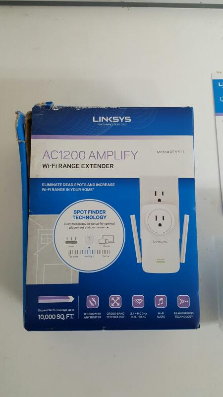 Linksys RE6700 AC1200 Universal Dual-Band Wi-Fi Outlet Range Extender
