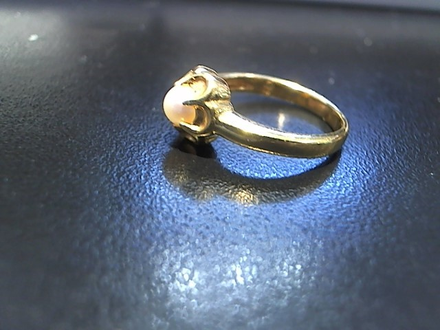 Pearl Lady's Stone Ring 14K Yellow Gold 3g