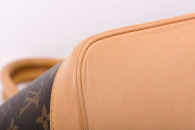 LOUIS VUITTON Handbag ALMA